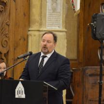 Köszöntő beszédet mond Adorjáni Dezső evangélikus püspök