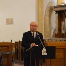 Köszöntő beszédet mond Csűry István református püspök