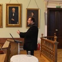 Ferenczi Zoltán tart előadást